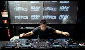 Arnny Montana Mixing 4 CDJs vol.1